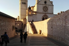 Farníci na vysviacke v Assisi