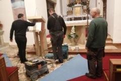 Inštalácia stojanu na Evanjeliár