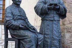 Požehnanie sôch sv. Arnola Janssena, zakladateľa Spoločnosti Božieho Slova a sv. Jozefa Freinademetza, prvého misionára v Číne